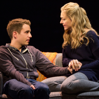 Broadway's <em>Dear Evan Hansen</em> to Launch Daily Digital Ticket Lottery