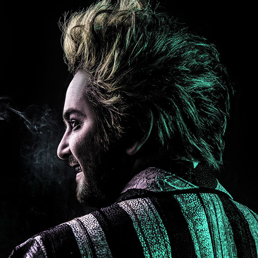 Alex Brightman Is Summoned as <em>Beetlejuice</em>