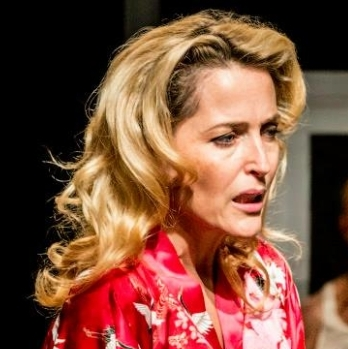 Gillian Anderson Rides <em>A Streetcar Named Desire</em> to St. Ann's Warehouse
