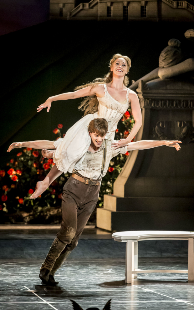 <p> Dominic North (Leo) and Ashley Shaw (Aurora)  in Matthew Bourne&#39&#x3B;s <em>Sleeping Beauty</em>.</p><br />© Johan Persson