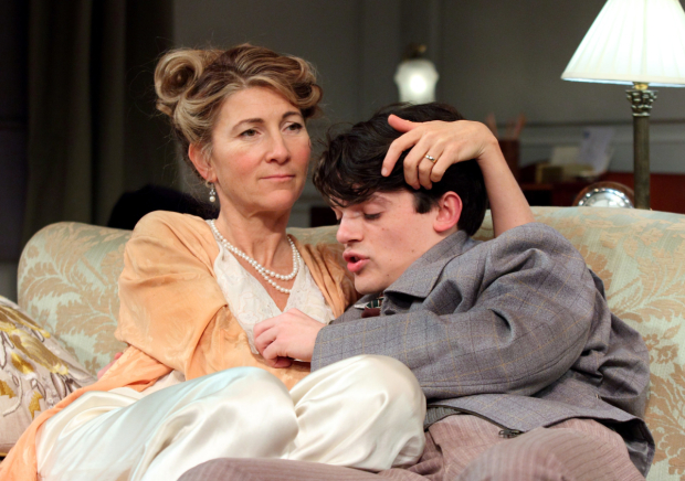 <p>Eve Best (Olivia Brown), Edward Bluemel (Michael Brown) in <em>Love in Idleness</em></p><br />© Catherine Ashmore