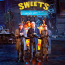 Show Pics: First images of Charlie and the Chocolate Factory
