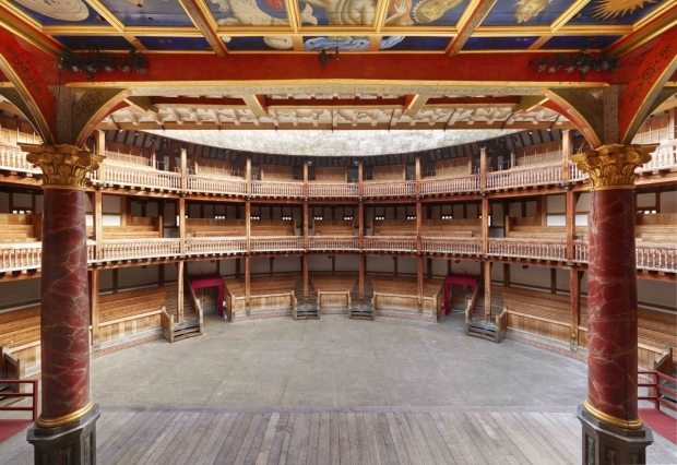 <p>Actor&#39&#x3B;s view of Shakespeare&#39&#x3B;s Globe</p><br />© Peter Dazeley