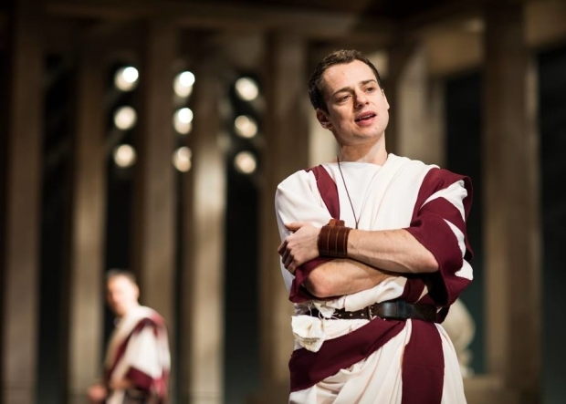 <p>Alex Waldmann as Brutus</p><br />© Helen Maybanks