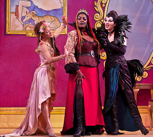 <p>Allyson Ava Brown, Sharon D Clarke and Josefina Gabrielle</p><br />© Francis Loney