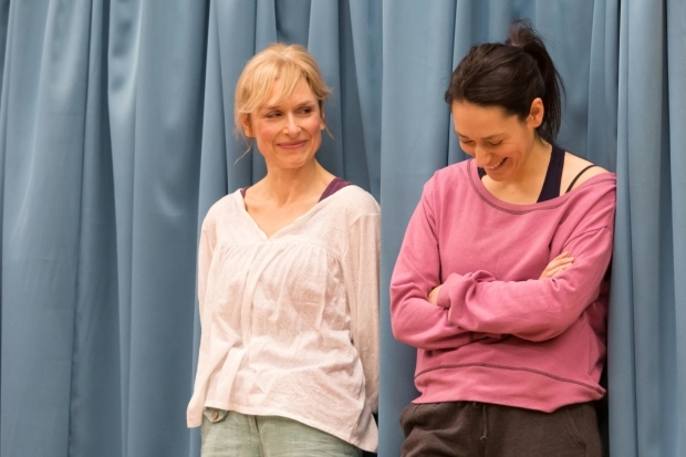 <p>Amelia Bullmore (Marty) and Sian Clifford (Theresa) in <em>Circle Mirror Transformation</em></p><br />© Marc Brenner