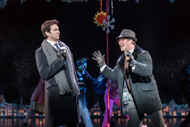 <p>Andy Karl (Phil Connors) and Andrew Langtree (Ned Ryerson) in <em>Groundhog Day</em></p><br />© Manuel Harlan