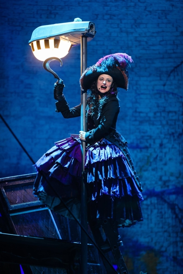<p>Anna Francolini as Captain Hook in <em>Peter Pan</em></p><br />© Steve Tanner