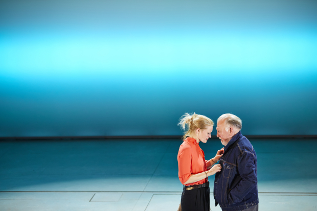 <p>Anne-Marie Duff and Kenneth Cranham</p><br />© Brinkhoff-Moegenburg
