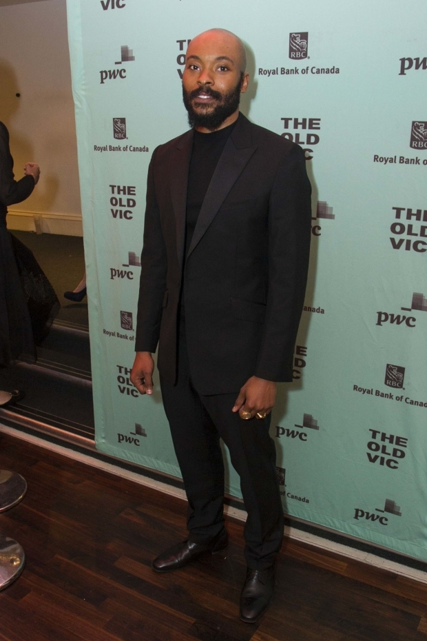 <p>Arinze Kene (Joe Scott)</p><br />© Dan Wooller for WhatsOnStage