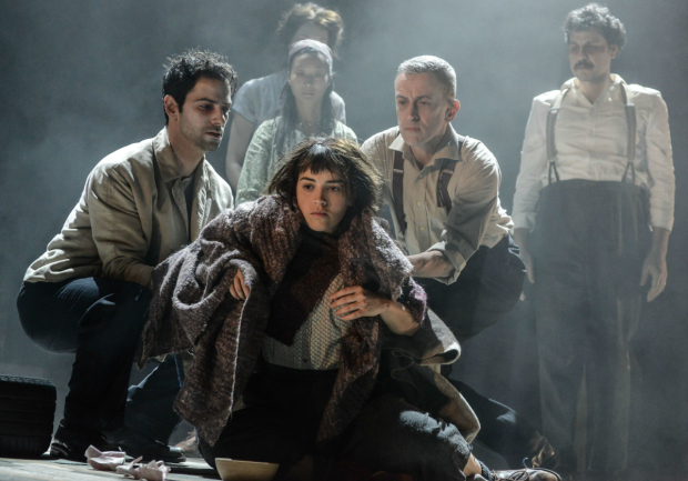 <p>Audrey Brisson and cast in <em>La Strada</em></p><br />(c) Robert Day