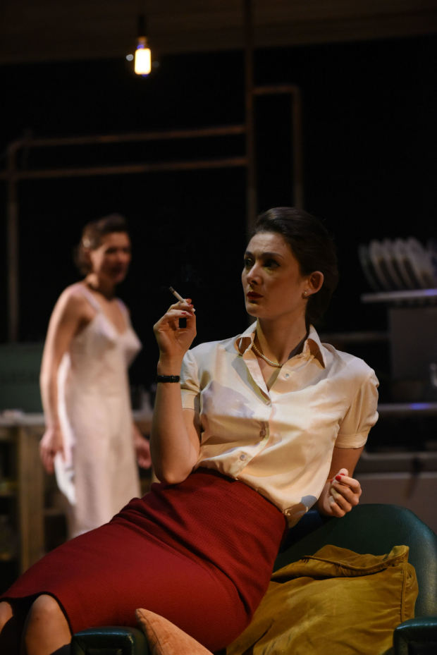 <p>Augustina Seymour as Alison and Daisy Badger as Helena  in <em>Look Back in Anger</em></p><br />© Robert Day