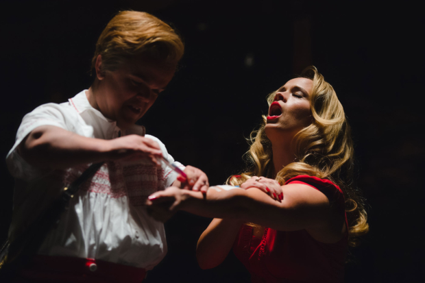 <p>Ben Goffe and Ellie Beaven in <em>Dido, Queen of Carthage</em></p><br />© Topher McGrillis