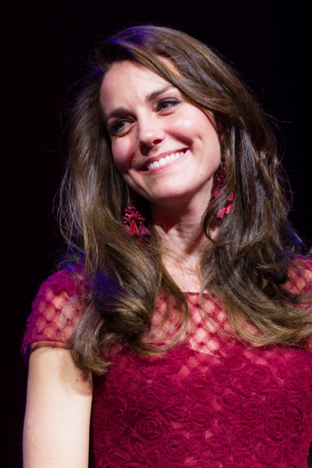 <p>Catherine, Duchess of Cambridge during the curtain call</p><br />© Dan Wooller