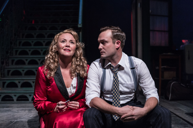 <p>Charlie Brooks (Blanche DuBois) and Patrick Knowles (Mitch)</p><br />© Manuel Harlan