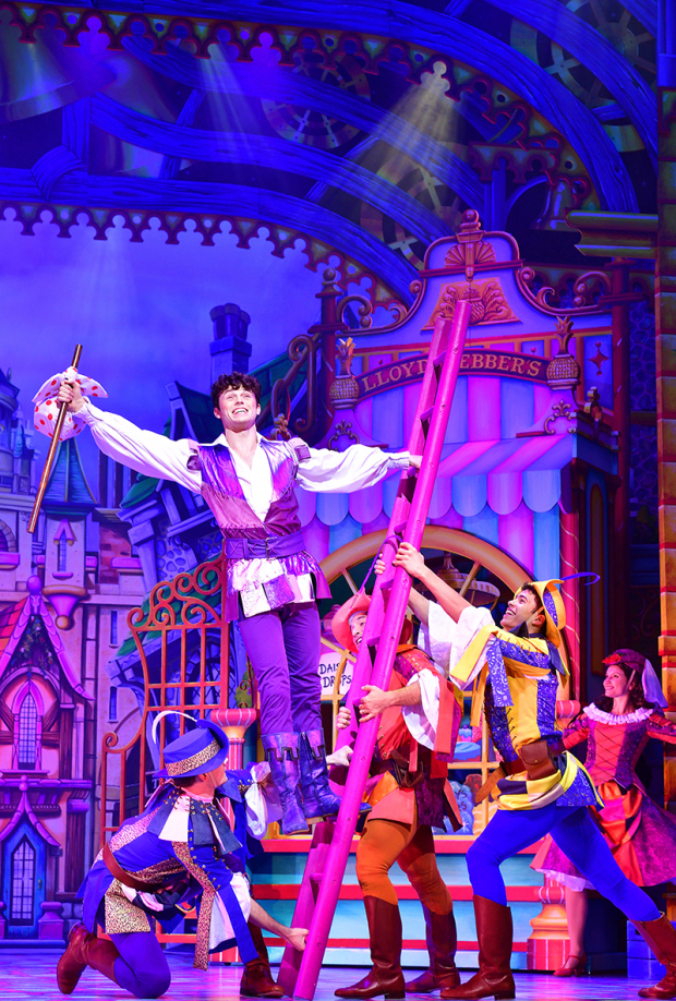 <p>Charlie Stemp as Dick Whittington</p><br />© Paul Coltas