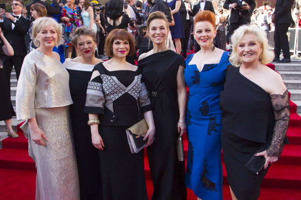 <p>Claire Moore, Claire Machin, Debbie Chazen, Joanna Riding, Sophie-Louise Dann and Michele Dotrice</p><br />© Dan Wooller for WhatsOnStage