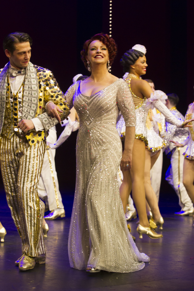 <p>Sheena Easton (Dorothy Brock) during the curtain call</p><br />© Dan Wooller