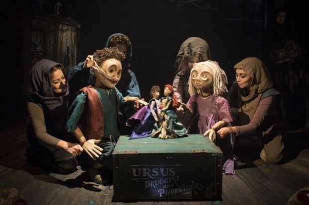 <p>Company, Puppetry design and direction by Finn Caldwell &amp&#x3B; Toby Olié of Gyre &amp&#x3B; Gimble</p><br />© Helen Maybanks