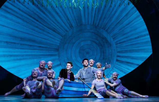 <p>Craig Mather (Mole), Simon Lipkin (Ratty) and Company in <em>The Wind in the Willows</em></p><br />Darren Bell