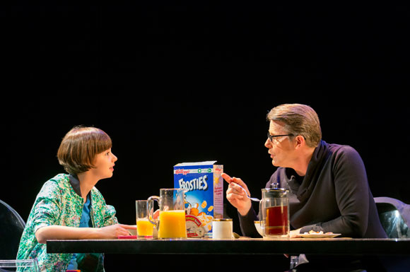 <p>Daisy Jacob as Cathy and Anthony Calf as Jerry</p><br />© Johan Persson