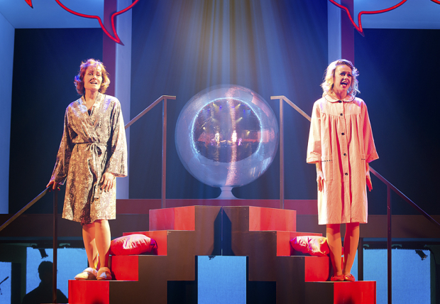 <p>Daisy Steere as Young Jackie with Janet Dibley as Jackie</p><br />© Pamela Raith