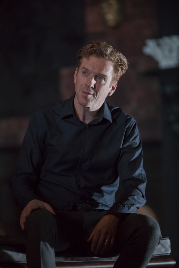<p>Damian Lewis (Martin) in <em>The Goat, or Who is Sylvia?</em></p><br />© Johan Persson