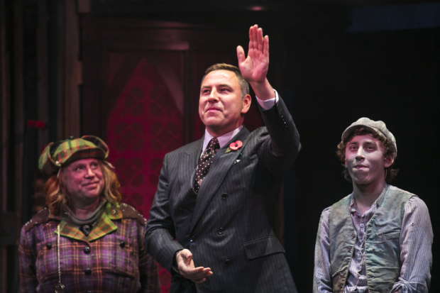 <p>David Walliams addresses crowds </p><br />© Dan Wooller for WhatsOnStage
