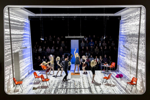 <p>Denise Gough (Emma) and the company in <em>People, Places and Things</em></p><br />© JOHAN PERSSON