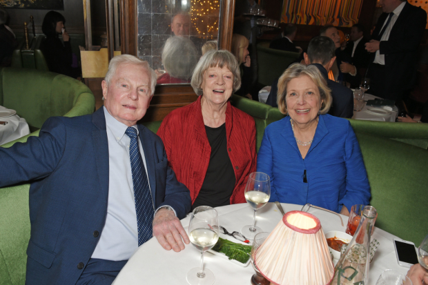 <p>Derek Jacobi, Maggie Smith and Ann Reid </p><br />© Dave Benett