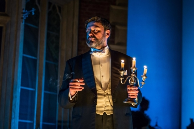 <p>Dominic Rowan as Lord Illingworth in <em>A Woman of No Importance</em></p><br />© Marc Brenner
