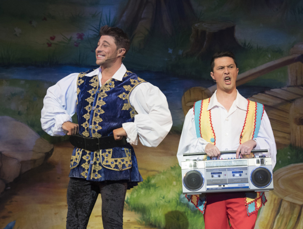<p>Duncan James (The Prince) &amp&#x3B; Ben Nickless (Muddles) in <em>Snow White and the Seven Dwarfs</em> </p><br />© Alastair Muir