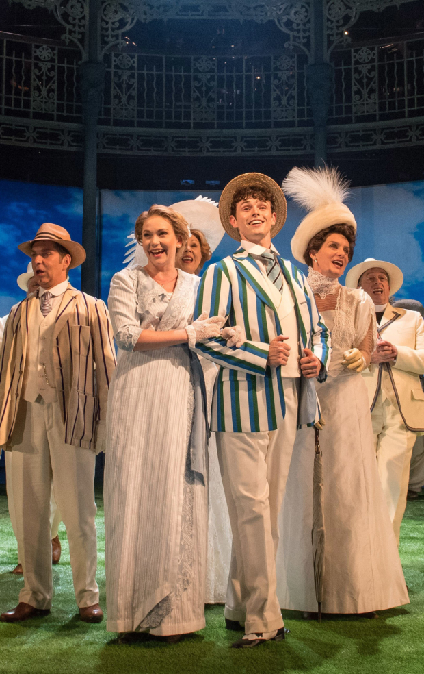 <p>Emma Williams, Charlie Stemp and company</p><br />© Manuel Harlan