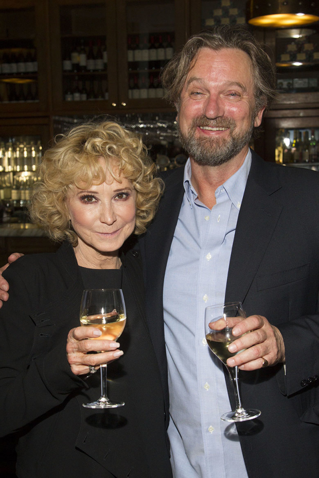 <p>Felicity Kendal and Simon Shepherd</p><br />© Dan Wooller for WhatsOnStage