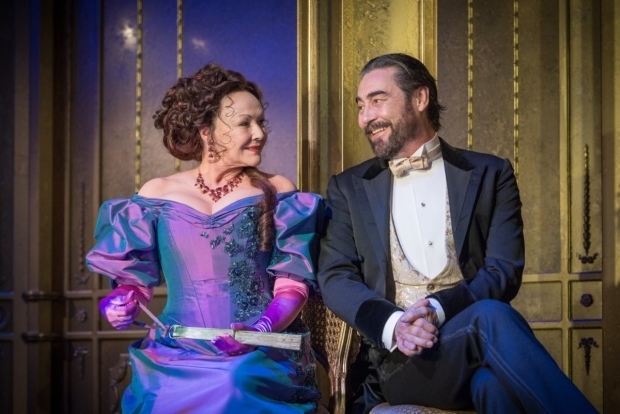 <p>Frances Barber and Nathaniel Parker</p><br />© Marc Brenner