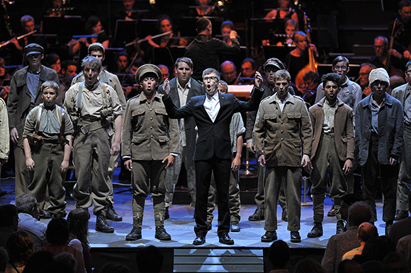 <p>Gareth Malone and Cambiata North West perform at the <em>War Horse</em> Prom, BBC Proms 2014.</p><br />© BBC/Chris Christodoulou
