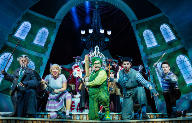 <p>Gary Wilmot, Denise Welch, Rufus Hound, Simon Lipkin and Craig Mather in <em>The Wind in the Willows</em> </p><br />Darren Bell