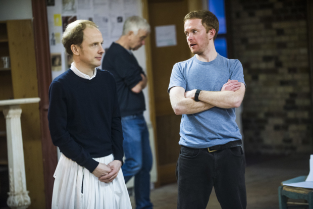 <p>Greg Haiste (Edward Kynaston) and Peter McGovern (Ned Spigget)</p><br />© Tristram Kenton