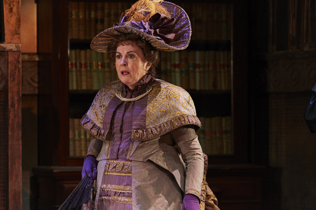 <p>Gwen Taylor as Lady Bracknell</p><br />© The Other Richard