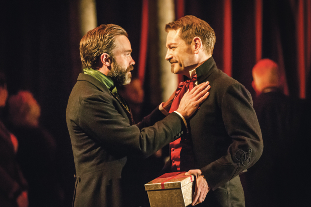 <p>Hadley Fraser (Polixenes) and Kenneth Branagh (Leontes)</p><br />© Johan Persson