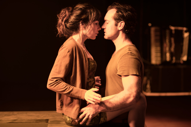 <p>Halina Reijn and Jude Law in the Toneelgroep&#39&#x3B;s production of <em>Obsession</em> at the Barbican</p><br />© Jan Versweyveld