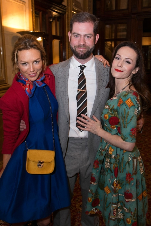 <p>Honeysuckle Weeks (Mabel Cantwell), Simon Evans (director) and Emma Campbell-Jones (catherine)</p><br />© Dan Wooller for WhatsOnStage