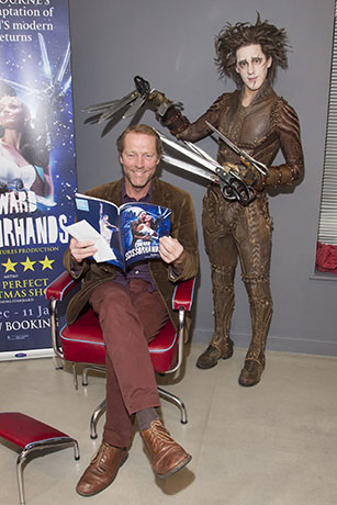 <p>Iain Glen and Dominic North (Edward Scissorhands)</p><br />© Dan Wooller for WhatsOnStage