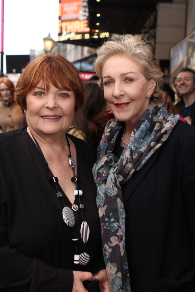 <p>Isla Blair and Patricia Hodge</p><br />© Adam Bennett