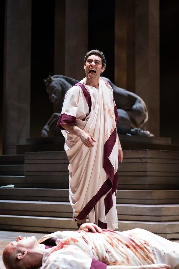 <p>James Corrigan as Mark Antony and Andrew Woodall as Julius Caesar</p><br />© Helen Maybanks
