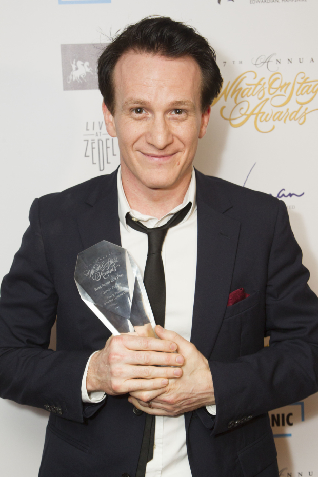 <p>Jamie Parker accepts the award for Best Actor in a Play for <em>Harry Potter and the Cursed Child</em></p><br />© Dan Wooller for WhatsOnStage