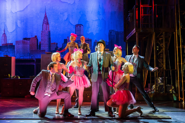 <p>Jason Manford as Leo Bloom and company</p><br />Manuel Harlan