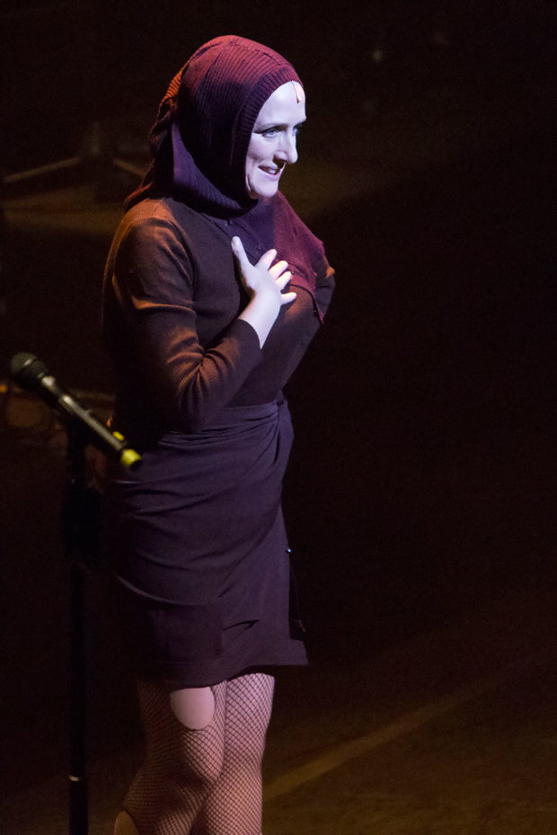 <p>Jenna Russell performing a song from <em>Grey Gardens</em></p><br />© Peter Gibbons