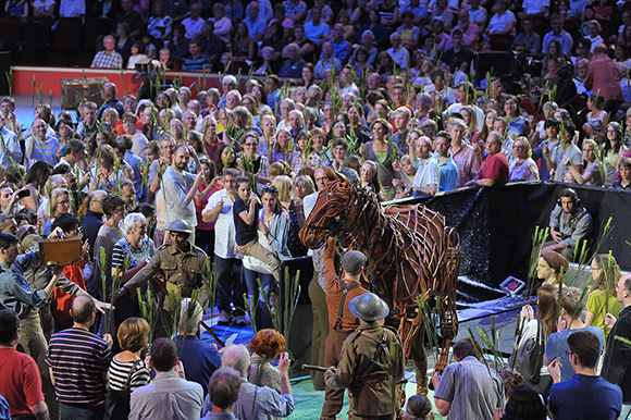 <p>Joey and the Prommers at the <em>War Horse</em> Prom, BBC Proms 2014.</p><br />© BBC/Chris Christodoulou