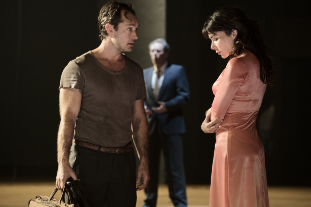 <p>Jude Law, Gijs Scholten van Aschat and Halina Reijn  in the Toneelgroep&#39&#x3B;s production of <em>Obsession</em> at the Barbican</p><br />© Jan Versweyveld